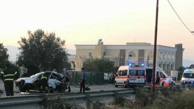 Cosenza, grave incidente a Luzzi: due i morti