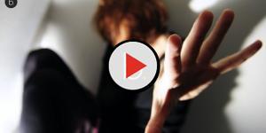 video: Violenta ragazza finlandese di 22 anni