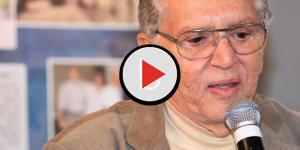 Assista: Aos 81 anos, Carlos Alberto exibe corpo em redes sociais e causa polêmi