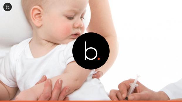 video: bambino sviene per il vaccino e lo credono morto