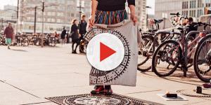 Artistas usam tampas de bueiros para criarem estampas de roupas
