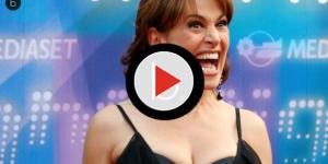 Video: Barbara D'Urso: imbarazzante gaffe a Pomeriggio Cinque