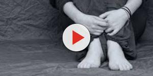 Video: Bambina di dodici anni si suicida gettandosi nel vuoto