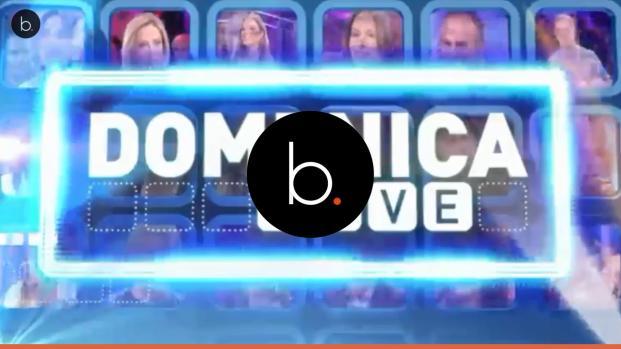 video: A Domenica Live il Ken umano ci prova con Barbara D'Urso