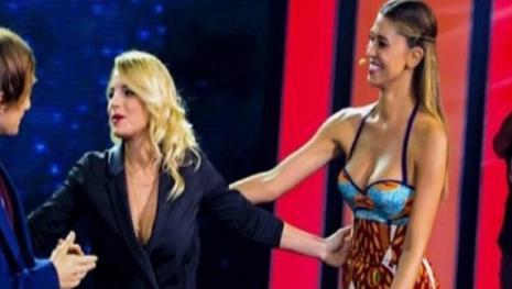 Gossip news: Belen scatenata ed Emma Marrone 'pericolosa'