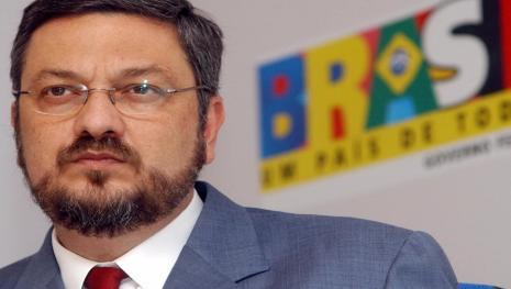 Fim da linha: PT inicia processo para expulsar Palocci do partido