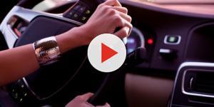 Sceicco arabo: 'le donne hanno un quarto di cervello e non possono guidare'
