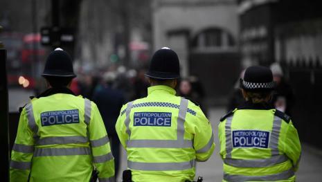 Novo ataque com ácido faz 6 vítimas Londres, e menino de 15 foi detido