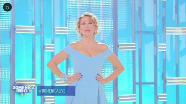 VIDEO: La gaffe di Barbara D'Urso a Domenica Live