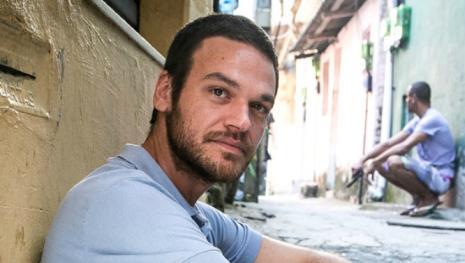 Emilio Dantas rebate as críticas à novela 'A Força do Querer'