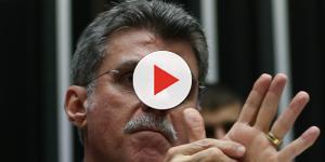 Romero Jucá dedica música de Zezé Di Camargo e Luciano para a Polícia Federal