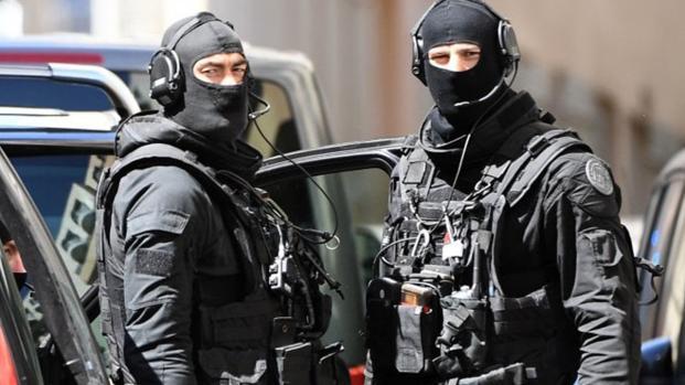 Marsiglia: Uccide due ragazze in nome di Allah