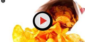 Video: Patatine fritte in busta con acrilammide: le aziende da evitare