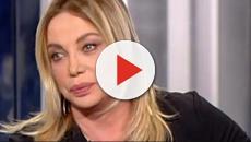 Simona Izzo offende Lory Del Santo a Domenica Live