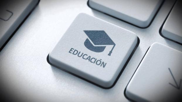 La tecnología empieza a ir de la mano con la educación