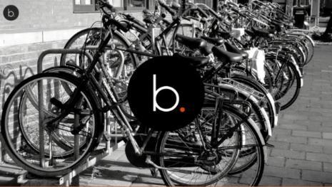 Biciclette gettate nel Naviglio