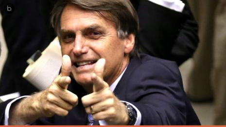 Muito irritado, Bolsonaro desabafa no Facebook