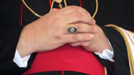 Bufera nel caso Miccichè: nuove accuse all'ex vescovo di Trapani