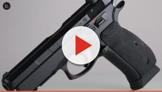 Atentado em Goiânia reascende debate sobre porte de armas