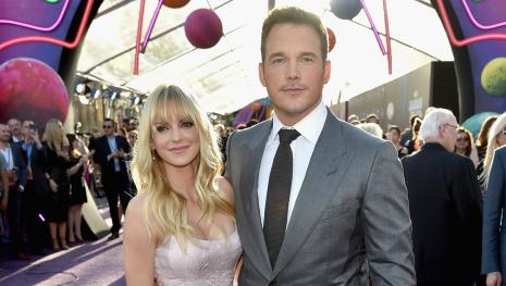 Anna Faris dating rumors 'too painful' for Chris Pratt, source reveals.