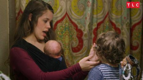 Jessa Duggar slammed for messy house filled with dirty diapers, molds, and dusts