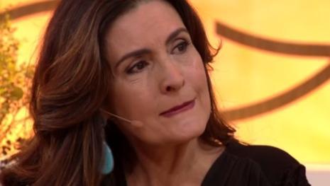 Barraco: Após detalhe em foto, Fátima Bernardes é humilhada em público