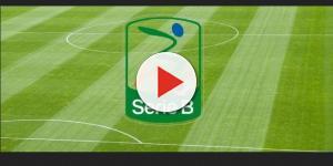 Serie B, pullman dei calciatori preso a sassate