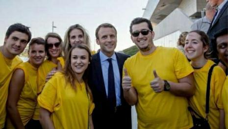 Le soutien à Macron s'organise chez les Jeunes
