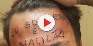 Veja como está o jovem que teve a testa tatuada 4 meses depois