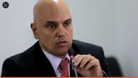 Opinião de internauta deixa ministro irritado