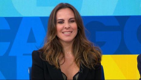 Assista: Kate del Castillo revela ter tido relação sexual com Sean Pean.