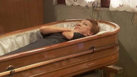 Il Segreto, anticipazioni spagnole: Dolores morirà?