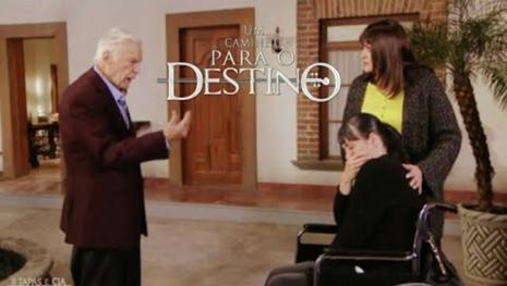 Fernando e Amélia se encontram mas algo acontece em 'Um Caminho Para o Destino'