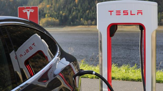 Auto elettriche: soluzione o problema?