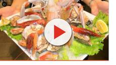VIDEO: 500 euro per un piatto di pesce? 'Come non farsi fregare in Italia'