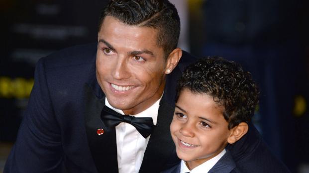 Cristiano Ronaldo : infidèle avec une candidate de télé-réalité