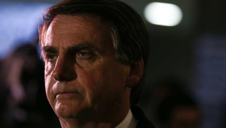 Assista: Bolsonaro evita falar de economia e de seu plano de governo