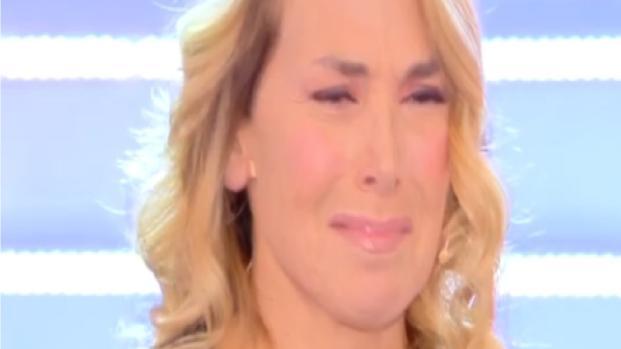 Barbara D'Urso offesa in diretta a Domenica Live: ecco la reazione