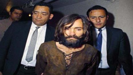 È morto Charles Manson, il serial killer che fece uccidere l'attrice Sharon Tate