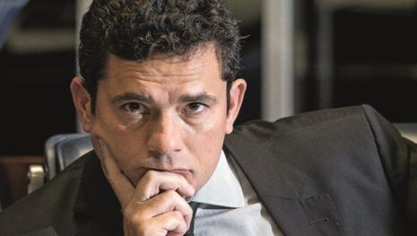 Assista: Procuradores tentam humilhar Sérgio Moro mas platéia reage
