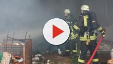 Incendio in una palazzina del centro storico di Pisa