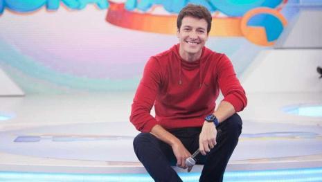Saída de Luciano Huck pode colocar Rodrigo Faro de volta na Globo