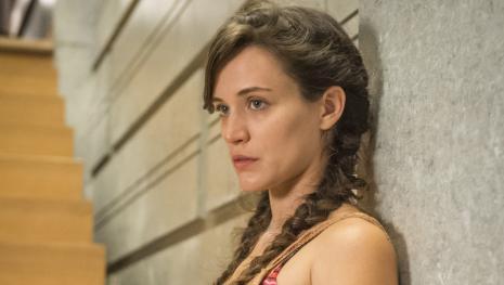 'O Outro Lado Do Paraiso' personagem Clara espanta a todos com novas mudanças.