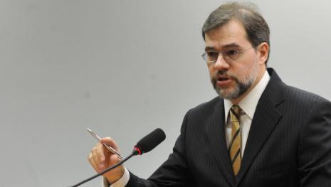 Vídeo - General entre em conflito com ministro do STF