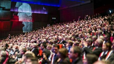 Face à Macron, la fronde des maires de France se profile