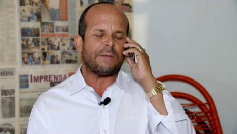 Vidente Carlinhos fala sobre últimas previsões e choca: 'Vai cair pedra do céu'