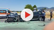 Dopo un incidente mortale i passanti filmano: la reazione del pompiere