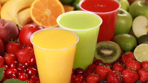Estos son algunos jugos adelgazantes que pueden ayudarte a perder peso
