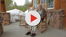 Coppia di anziani morti ed avvolti nel nylon da imballaggio