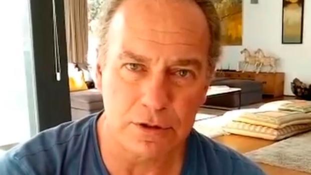 VIDEO: Bertín Osborne ataca sin piedad a un político en redes sociales